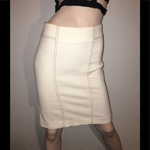 Sexy Bebe pencil skirt. Size 4. Like new